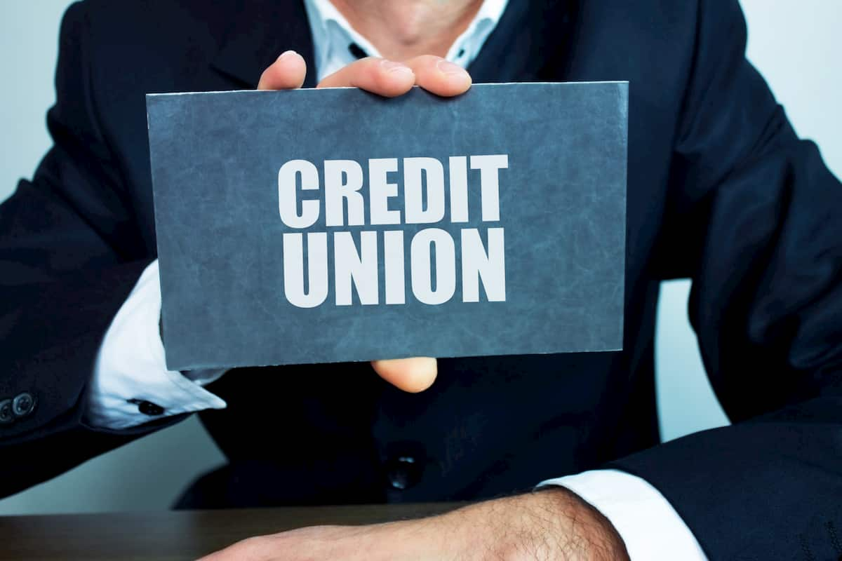 credit union vs commercial bank